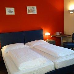 Отель Pension Excellence Вена комната для гостей фото 2