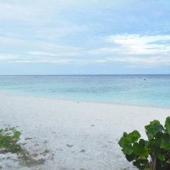 Отель The Aquzz Мальдивы, Мале - отзывы, цены и фото номеров - забронировать отель The Aquzz онлайн пляж