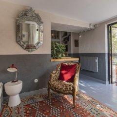 Отель La Petite Maison de Lapa Португалия, Лиссабон - отзывы, цены и фото номеров - забронировать отель La Petite Maison de Lapa онлайн интерьер отеля