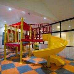 Отель Surintra Boutique Resort детские мероприятия фото 3