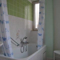 Отель Hôtel Passerelle Liège Бельгия, Льеж - отзывы, цены и фото номеров - забронировать отель Hôtel Passerelle Liège онлайн ванная