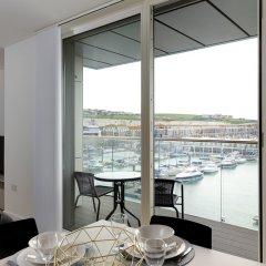 Отель Rethink Living - Luxury Brighton Marina в номере