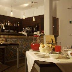 Апартаменты Il Cantone del Faro Apartments Таормина гостиничный бар