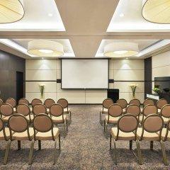 Отель Hyatt Place Dubai Al Rigga Residences фото 2