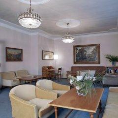 Отель JULIANE Меран интерьер отеля фото 3