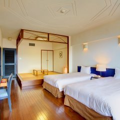 Hotel Mahaina Wellness Resort Okinawa сейф в номере
