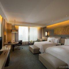 Отель Conrad Seoul Южная Корея, Сеул - 1 отзыв об отеле, цены и фото номеров - забронировать отель Conrad Seoul онлайн комната для гостей фото 5