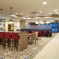 Гостиница Hampton by Hilton Moscow Strogino (Хэмптон бай Хилтон) гостиничный бар фото 2