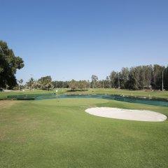 Отель Hilton Al Hamra Beach & Golf Resort спортивное сооружение
