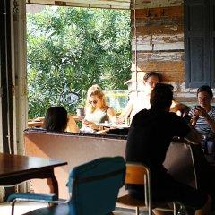 Here Hostel Бангкок гостиничный бар