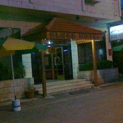 Отель ELGEE Иордания, Вади-Муса - отзывы, цены и фото номеров - забронировать отель ELGEE онлайн парковка