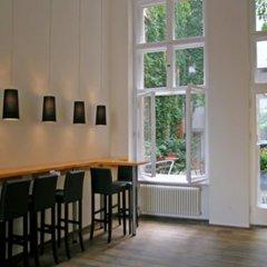 Отель Arte Luise Kunsthotel Германия, Берлин - 3 отзыва об отеле, цены и фото номеров - забронировать отель Arte Luise Kunsthotel онлайн гостиничный бар