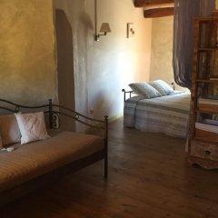 Отель Arianella B&B Penedes комната для гостей