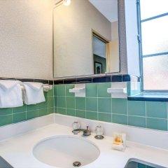 Отель Days Inn Arlington США, Арлингтон - отзывы, цены и фото номеров - забронировать отель Days Inn Arlington онлайн ванная