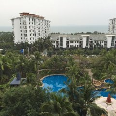 Апартаменты Lezai Lvtu Seaview Holiday Apartment пляж