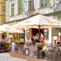 Отель Golden Star Чехия, Прага - 14 отзывов об отеле, цены и фото номеров - забронировать отель Golden Star онлайн бассейн фото 2