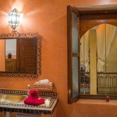 Отель Riad Al Wafaa Марокко, Марракеш - отзывы, цены и фото номеров - забронировать отель Riad Al Wafaa онлайн ванная