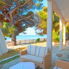 Гостевой Дом Barlee BeachFront House Metamorfosi бассейн фото 2