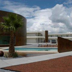 American Inn Hotel & Suites Delicias бассейн