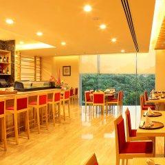 The Metropolitan Hotel and Spa New Delhi in New Delhi, India from 156$, photos, reviews - zenhotels.com meals photo 3