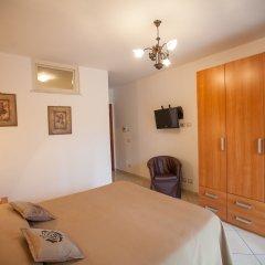 Отель Haidi House Bed and Breakfast Аджерола комната для гостей фото 4