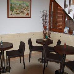 Отель Angolo Felice Матера питание