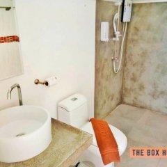 Отель The Box House Таиланд, Краби - отзывы, цены и фото номеров - забронировать отель The Box House онлайн ванная