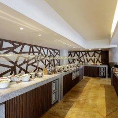 Отель Doubletree By Hilton Mexico City Santa Fe Мехико питание