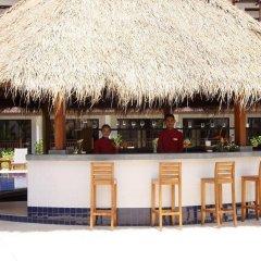 Отель Kamala Beach Resort a Sunprime Resort бассейн