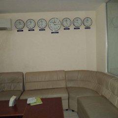 Chea Rithy Heng Hotel & KTV интерьер отеля