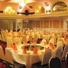 Отель Grand Sole Pattaya Beach Hotel Таиланд, Паттайя - отзывы, цены и фото номеров - забронировать отель Grand Sole Pattaya Beach Hotel онлайн помещение для мероприятий