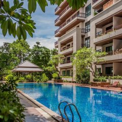 Отель Pattaya Rin Resort Таиланд, Паттайя - отзывы, цены и фото номеров - забронировать отель Pattaya Rin Resort онлайн бассейн