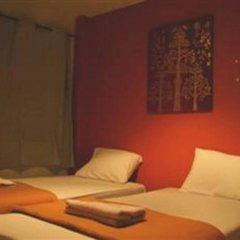 Отель Patong Backpacker Hostel Таиланд, Карон-Бич - отзывы, цены и фото номеров - забронировать отель Patong Backpacker Hostel онлайн комната для гостей фото 4