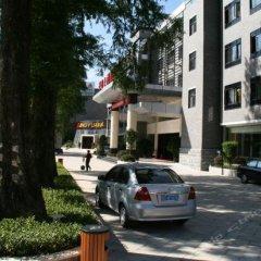 Jingyuan Hotel парковка
