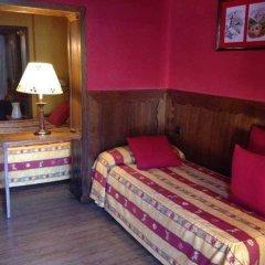 Hotel Aran La Abuela сейф в номере