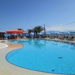 Отель Ninos On The Beach Корфу бассейн фото 3