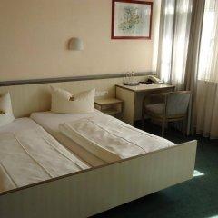 Отель und Rasthof AVUS Германия, Берлин - отзывы, цены и фото номеров - забронировать отель und Rasthof AVUS онлайн комната для гостей фото 4