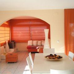 Отель Holiday Home la Cuana Испания, Курорт Росес - отзывы, цены и фото номеров - забронировать отель Holiday Home la Cuana онлайн комната для гостей фото 2