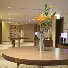 Elite Byblos Hotel интерьер отеля