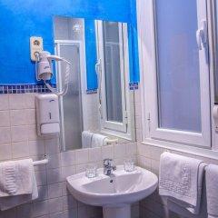 Отель Hostal Montaloya ванная