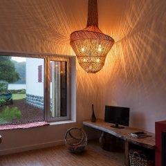 Отель Sete Cidades Lake Lodge Португалия, Понта-Делгада - отзывы, цены и фото номеров - забронировать отель Sete Cidades Lake Lodge онлайн комната для гостей фото 2