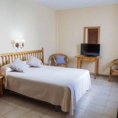 Отель Tres Jotas Испания, Кониль-де-ла-Фронтера - отзывы, цены и фото номеров - забронировать отель Tres Jotas онлайн комната для гостей фото 4