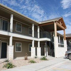 Отель Eagle's Den Suites at Kenedy США, Кенеди - отзывы, цены и фото номеров - забронировать отель Eagle's Den Suites at Kenedy онлайн фото 2