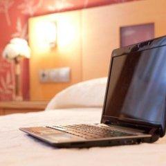 Отель Hostal Abami Ii Мадрид удобства в номере