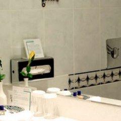 Отель Holiday Inn London Oxford Circus ванная