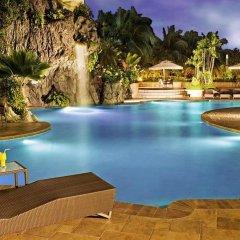 Отель Diamond Hotel Philippines Филиппины, Манила - отзывы, цены и фото номеров - забронировать отель Diamond Hotel Philippines онлайн бассейн фото 2