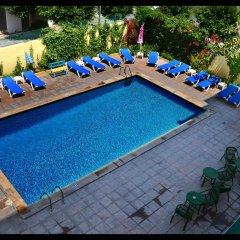 Отель Hostal Valencia бассейн