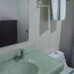 Отель Aviation City Китай, Шэньчжэнь - отзывы, цены и фото номеров - забронировать отель Aviation City онлайн ванная