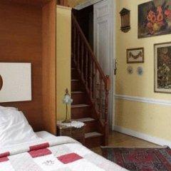 Отель Les Bluets Бельгия, Брюссель - отзывы, цены и фото номеров - забронировать отель Les Bluets онлайн сейф в номере