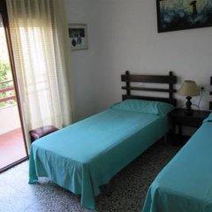Отель Apartamentos Flomar Испания, Л'Эстартит - отзывы, цены и фото номеров - забронировать отель Apartamentos Flomar онлайн